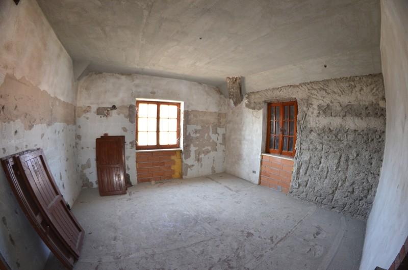 Amiata immobiliare foto rif case in vendita sul for Affitti della cabina del fiume di blanco